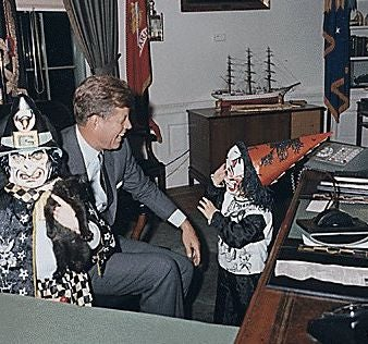 JFK and Jackie O. Were Chic At All Times, Even Halloween