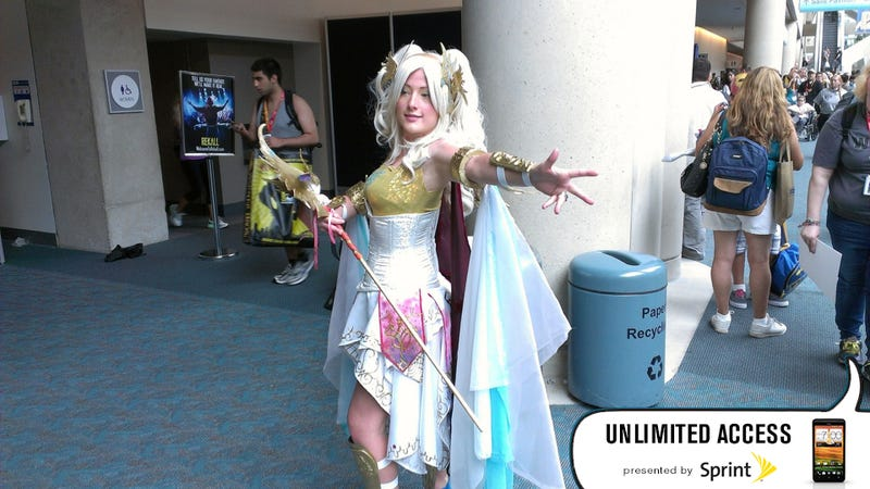 Here's Today's Giant Cosplay Gallery From San Diego
