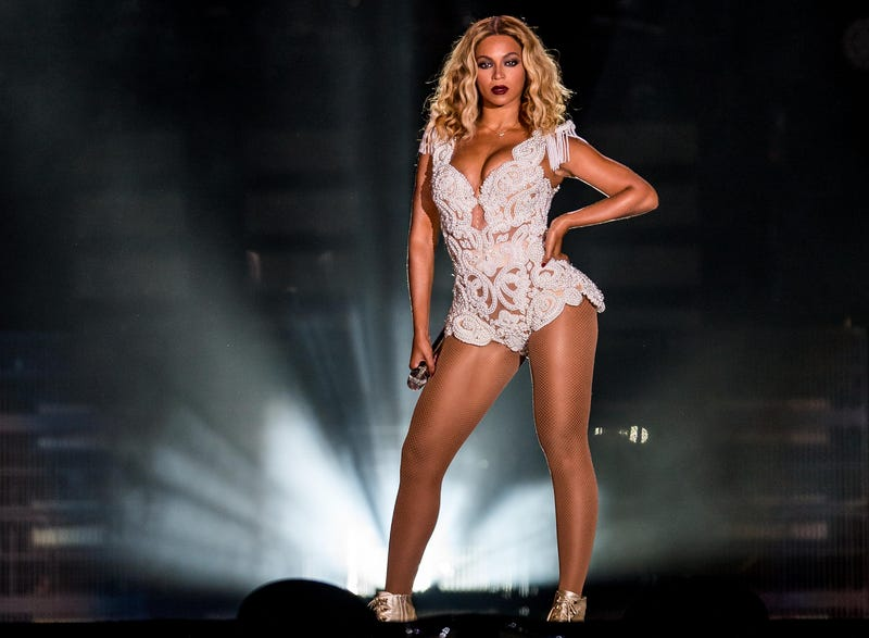 Beyoncé Out-Earns Jay Z by Almost Double