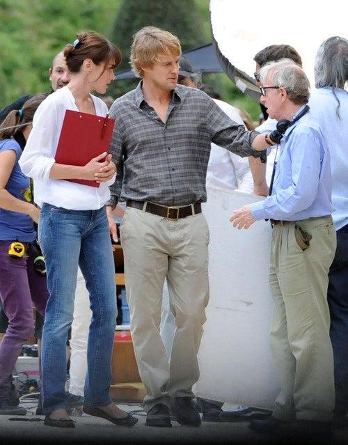 Carla, Owen And Woody Walk Into A Bar...