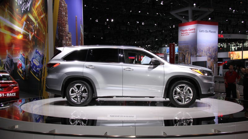 Toyota Has A Secret Way To Lure Small Children Into The 2014 Highlander