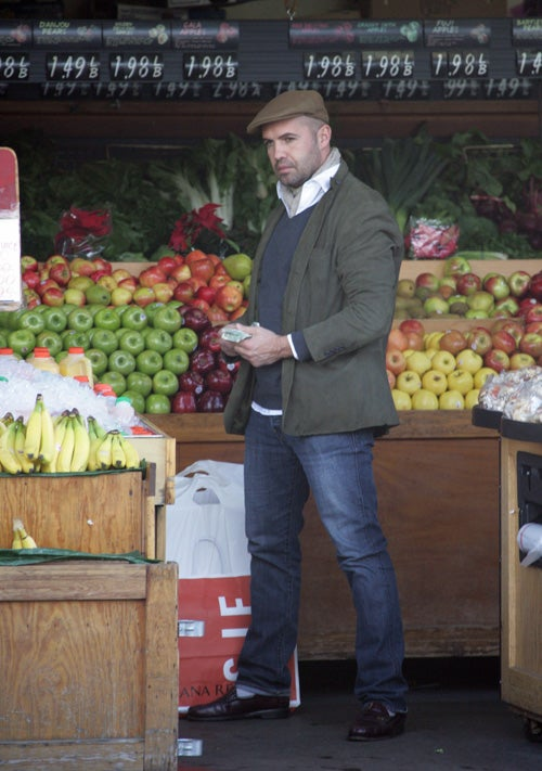 Billy Zane Likes Them Apples