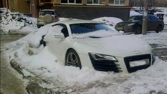Neglected Audi R8 Is No Match For A Russian Winter