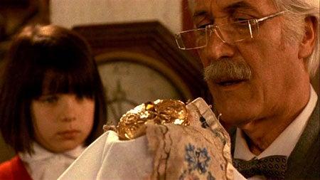 Dracula in a Toybox: Guillermo del Toro's Cronos