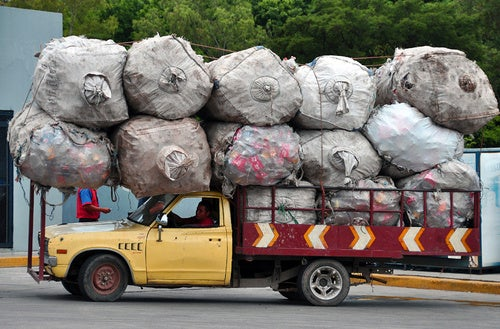 This Is How You Overload A Truck
