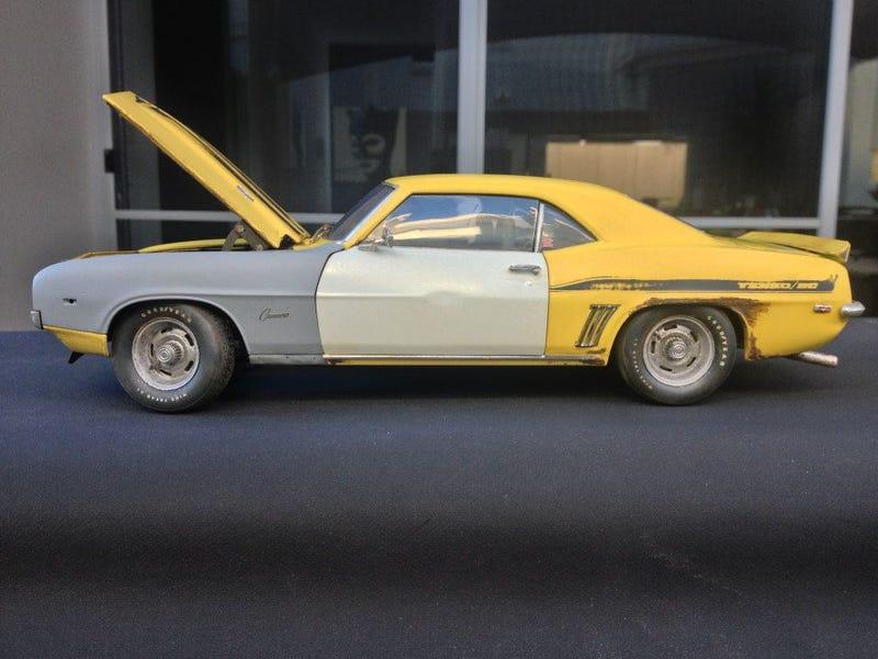 Australian Man Creates Ridiculously Awesome Model Cars