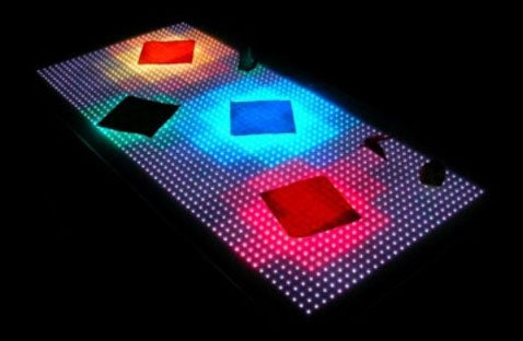 Video: RGBY LED Tabletop Changes Color Like a Chameleon
