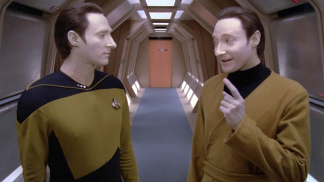 A Behind-the-Scenes Look at Star Trek: The Next Generation on Blu-ray
