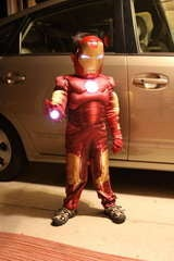 How To Build an Awesome Last Minute Superhero Halloween Costume