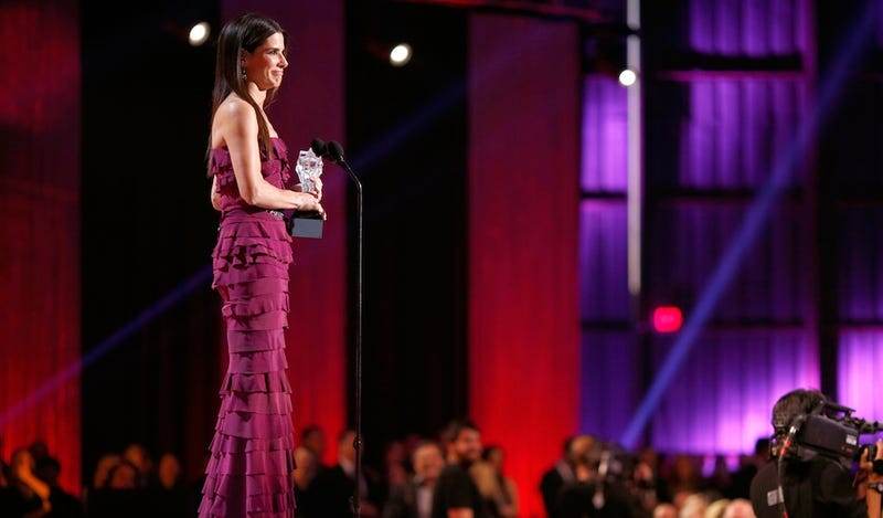 Critics Choice Awards: Sandra Bullock and Bradley Cooper Go Fuck Wild