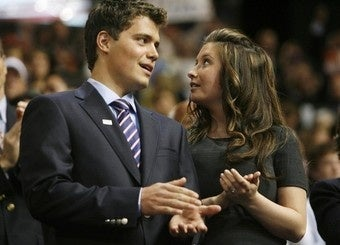 Todd and Sarah Palin Offered Bristol a New Car To Dump Levi Johnston