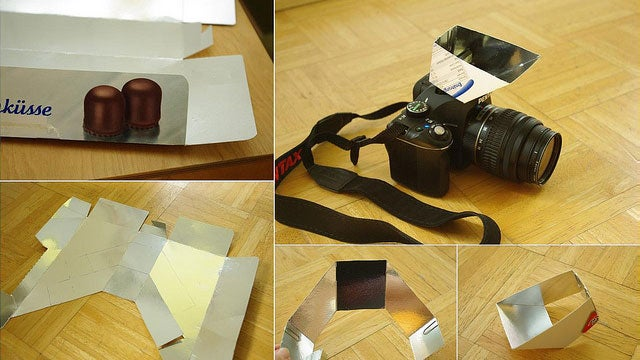 Make a Mirrored Popup Flash Bouncer for Your Camera Out of a Snack Box