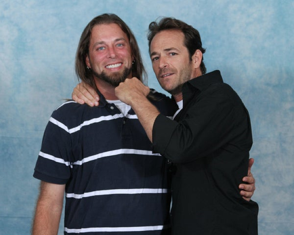 What Is Luke Perry Thinking In These Photos?