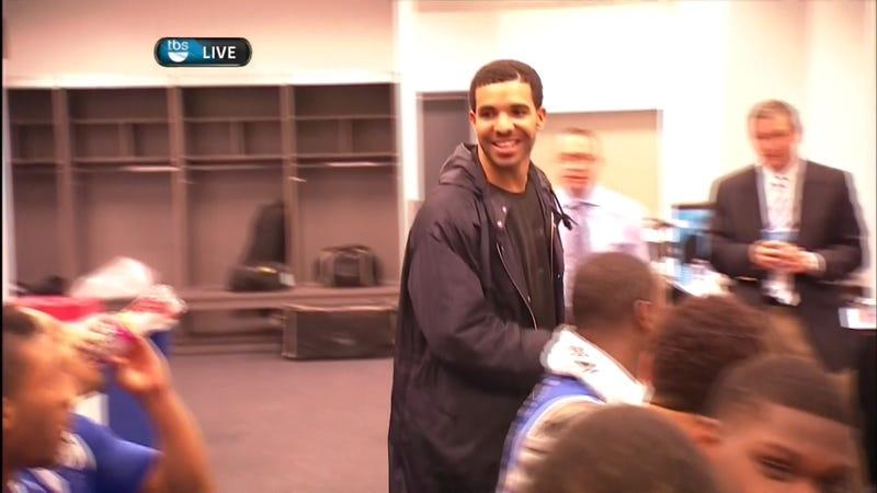 """Drake Celebrates In Kentucky Locker Room, Says He's """"Always"""" Been A Fan"""