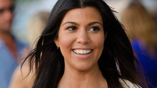 Every Woman Kourtney Kardashian Pumps Breast Milk, Takes a Brelfie