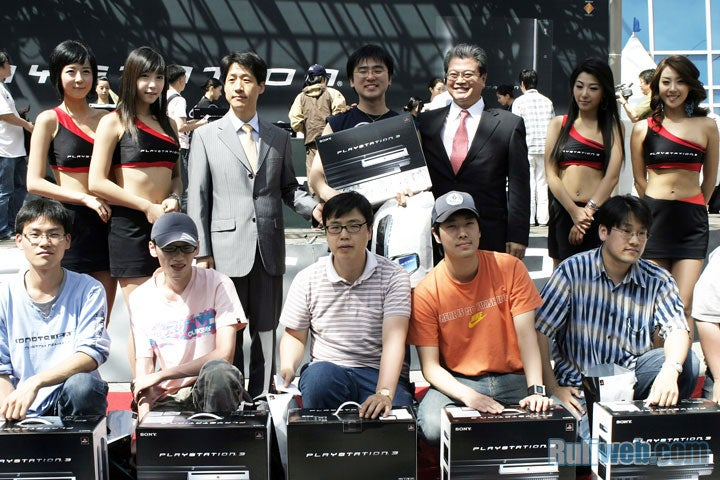 Sony Launches 80GB PS3 in Korea, No One Cares