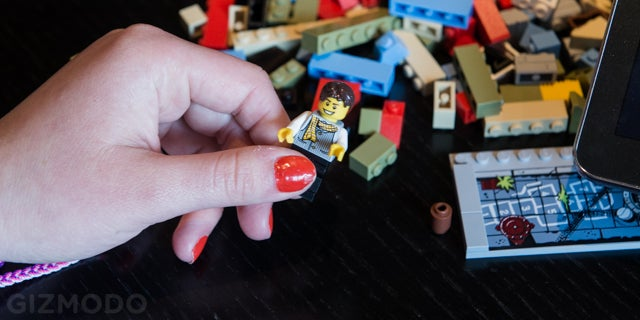 New Lego Fusion lets you build infinite virtual worlds using real bricks