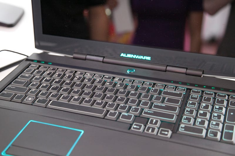 Alienware's 'Allpowerful' m17x Obliterates Crysis With Dual 1GB Nvidia GeForce GTX 280M Graphics Cards