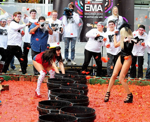I Threw a Tomato at a Girl as Part of a Promotional Event and I Liked It