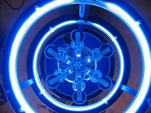 Bar2D2, the R2-D2 of Failed Space Operas