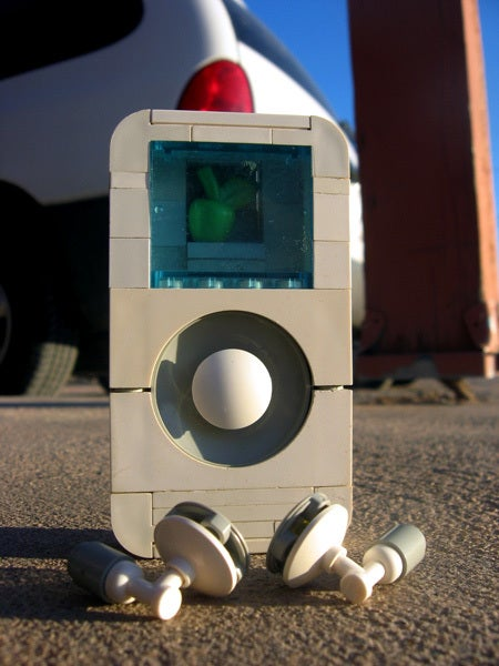 LEGO iPod Breaks LEGO Tradition By Being Uglier Than the Real Thing