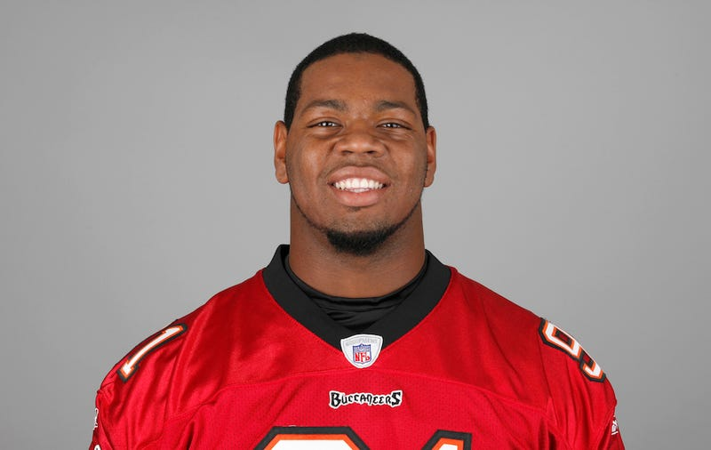 Buccaneers Defensive End Da'Quan Bowers Arrested For Allegedly Carrying Gun In New York City Airport