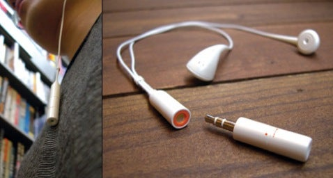 Tok Tak MP3 Player Looks Like Audio Jack, Comes with Base Station