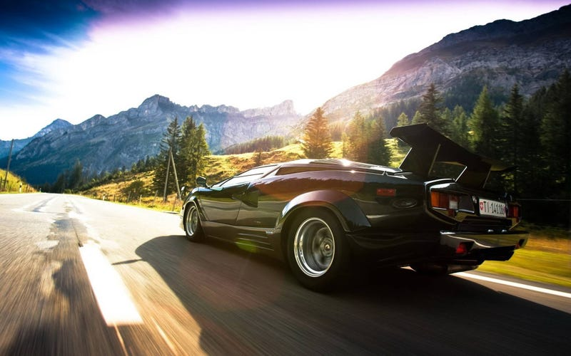 Countach Vs. Testarossa Showdown