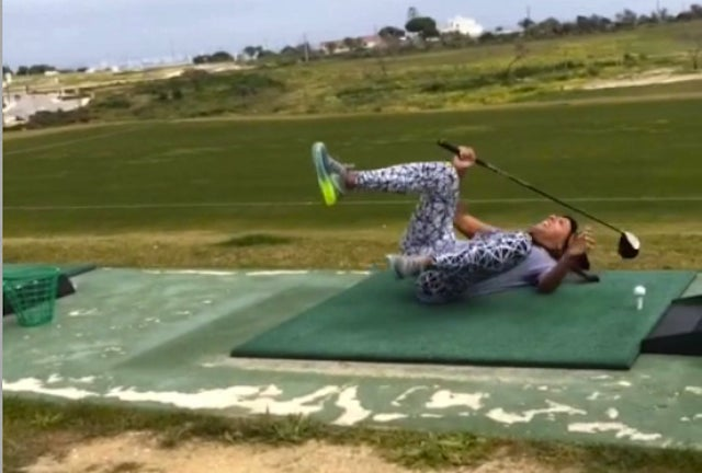 Sydney Leroux Attempts Happy Gilmore Drive, Eats It