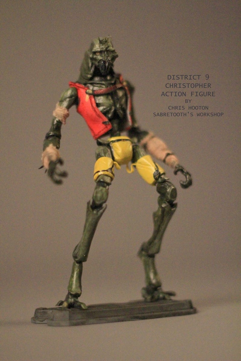 District 9 Action Figures Are Fokkin' Terrific