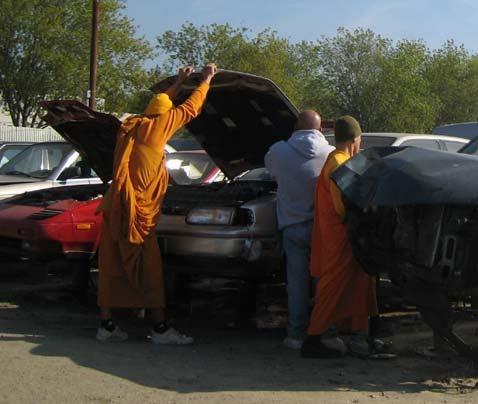 Jalopnik Moment of Zen: Junkyard Monks