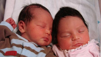 Woman With Two Uteruses Gives Birth To Twins