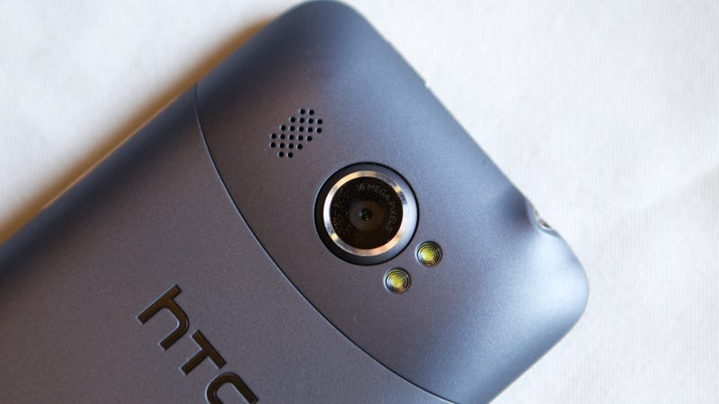 HTC Titan II Hands On: The Giantest Windows Phone Now Has a Titanic 16-Megapixel Camera and LTE