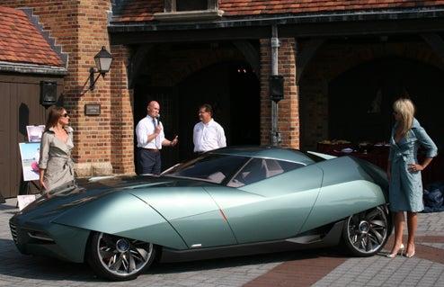 EXCLUSIVE: Alfa Romeo Bertone BAT 11 Concept Makes North American Debut!