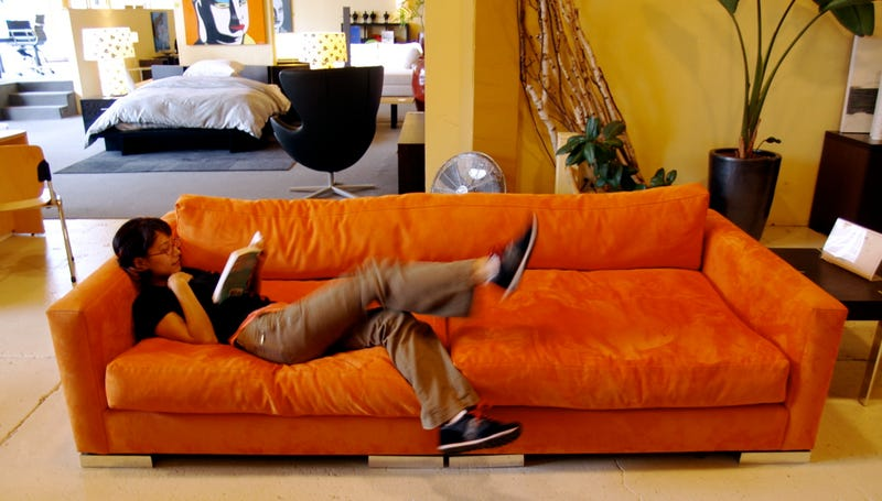 The Perfect Couch For a Lazy Gizmodian
