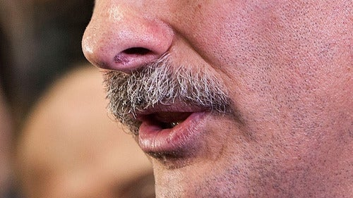 David Axelrod Bets His Mustache on an Obama Win