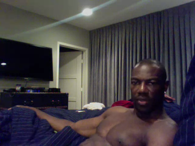An Interview With The Woman Selling Photos Of A Supposedly Masturbating Terrell Owens