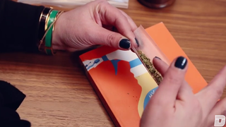 Video: How To Roll The Perfect Joint