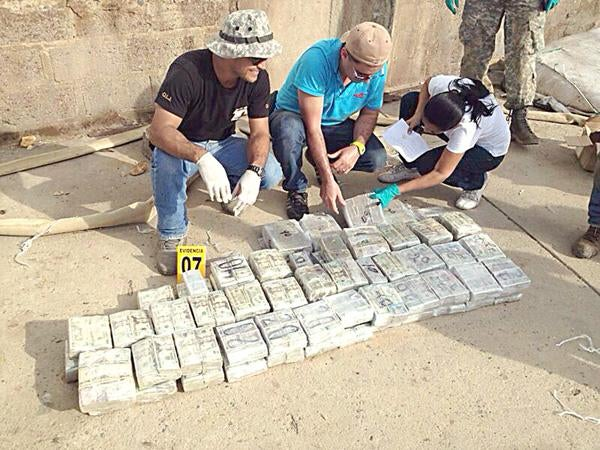 Just a 400-Kilo Drug Bust at Paris Hilton's​ Family Ranch in Cañas