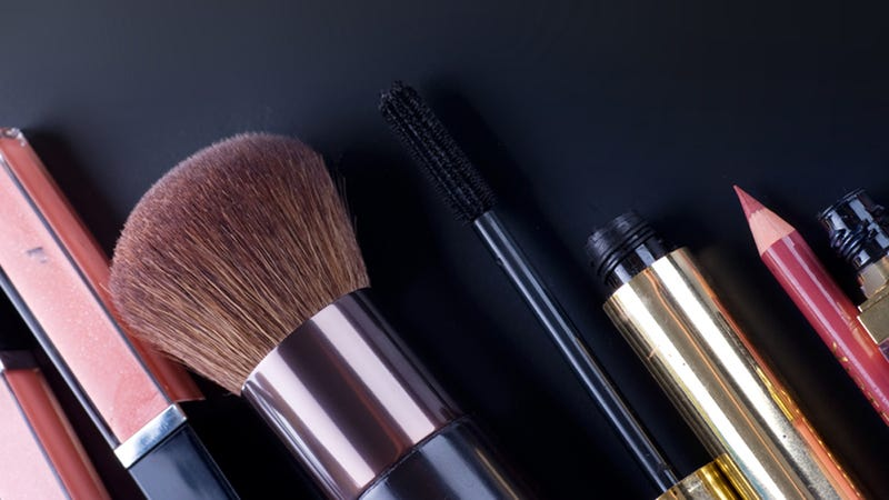 Almost Half Of Women Don't Like Their Faces Unless They're Spackled With Makeup