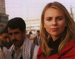 When Writing About A Pretty Lady In Iraq, At Least Do A Decent Job Describing Her Prettiness