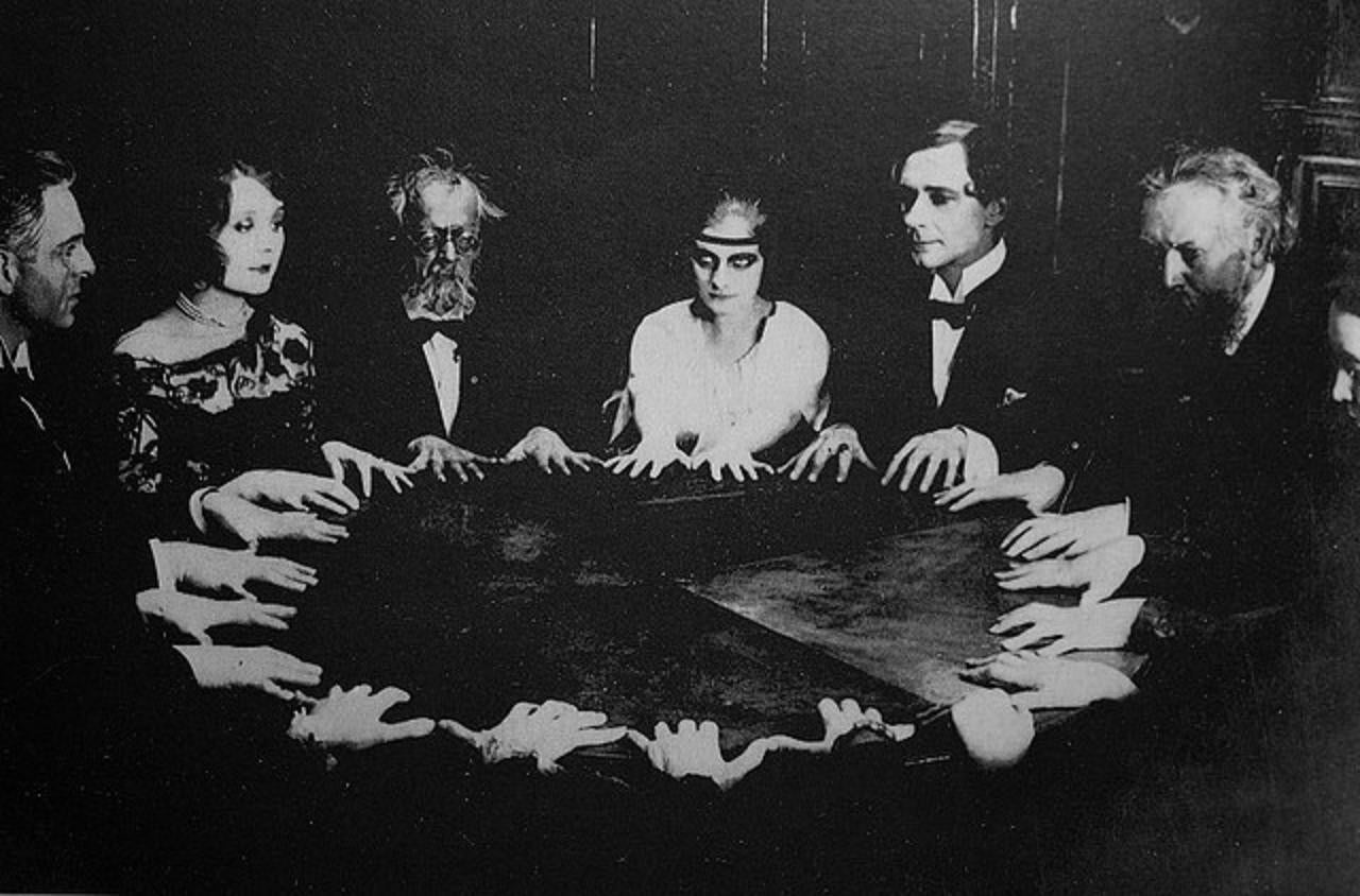 "An Actual Recording Of Arthur Conan Doyle's ""Spirit"" From A 1934 Séance"