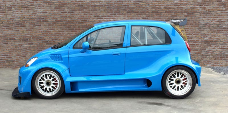 Tiny Chevy Matiz Swallows A 550 HP Corvette Z06 LS7 Engine