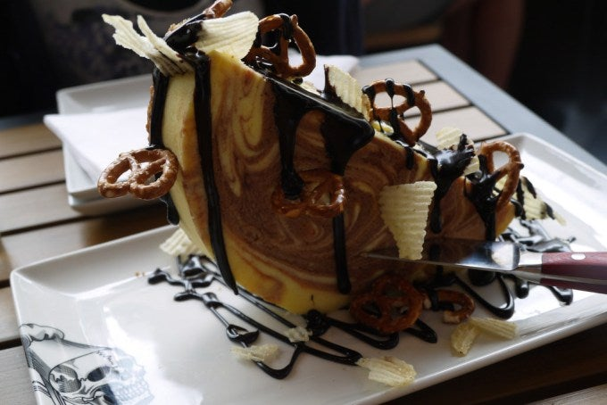 Here's What That Nightmare Guy Fieri Cheesecake Actually Looks Like