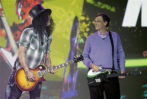 Slash Gives Bill Gates Guitar Hero Tips; Bill Still Sucks