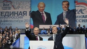 Russian Prime Minister, President to Swap Jobs in 2012