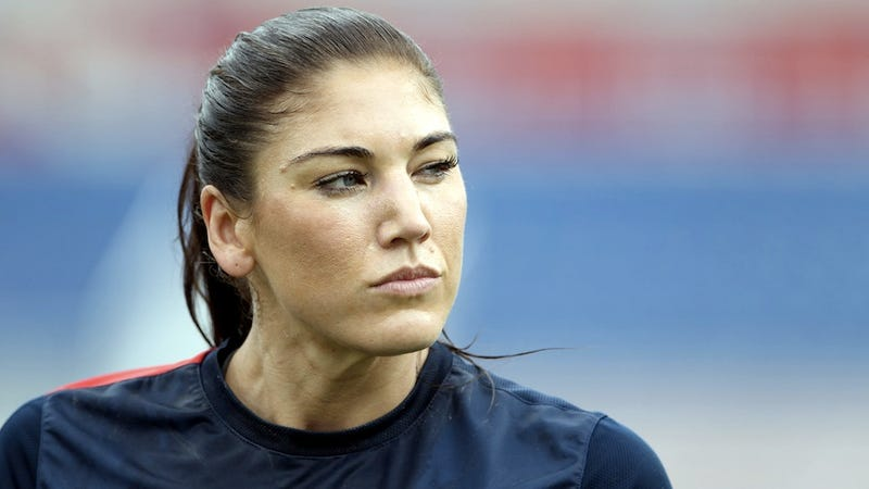 Hope Solo Is Sorry About That Whole 'Domestic Violence' Thing