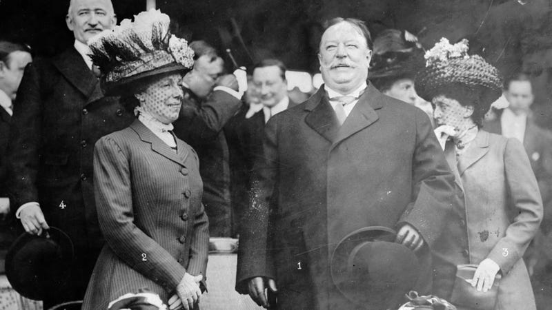 Lose Weight with Beef Tea and Stewed Fruit on the President Taft Diet