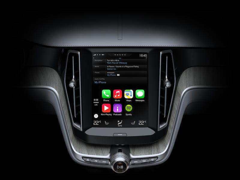 This Is How Apple CarPlay Works