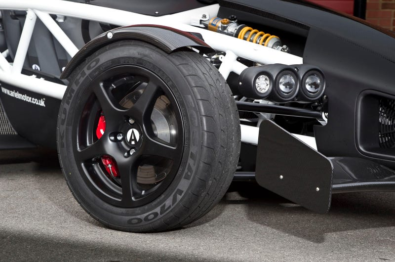 The Ariel Atom 3.5R Will Eat Supercars For Breakfast, Lunch and Dinner